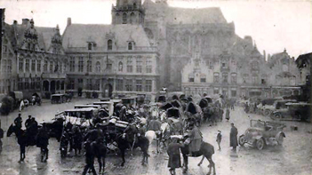 Veurne main square in ww1 with horses and lorries